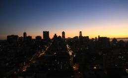2016년 12월 20일 샌프란시스코의 동트는 새벽 썸네일 사진