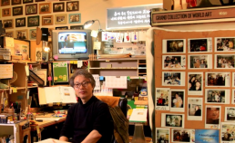 아리랑 티비 인터뷰 도중 썸네일 사진