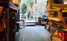 6월 3일 쇼파에 누워 독서중 바라본 정원 썸네일 사진