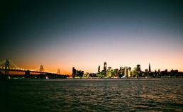 필름카메라로 찍은 샌프란시스코의 하늘 썸네일 사진